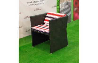 Кресло COMPACT из искусственного ротанга