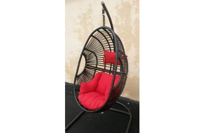 Кресло подвесное из ротанга фото