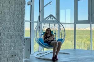 Подвесное кресло на балкон