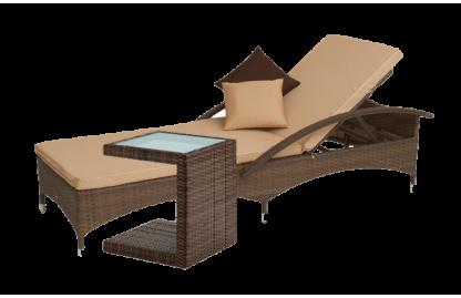 Высокопрочный и удобный шезлонг из искусственного ротанга со столиком ручной работы